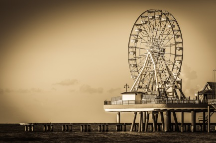 Spinning Over The Gulf - Mabry Campbell