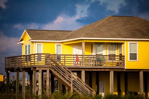 A Texas Beach House - Mabry Campbell