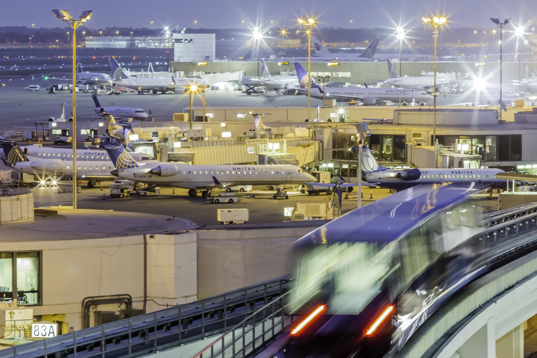 IAH-Terminal-Train-I-Mabry-Campbell