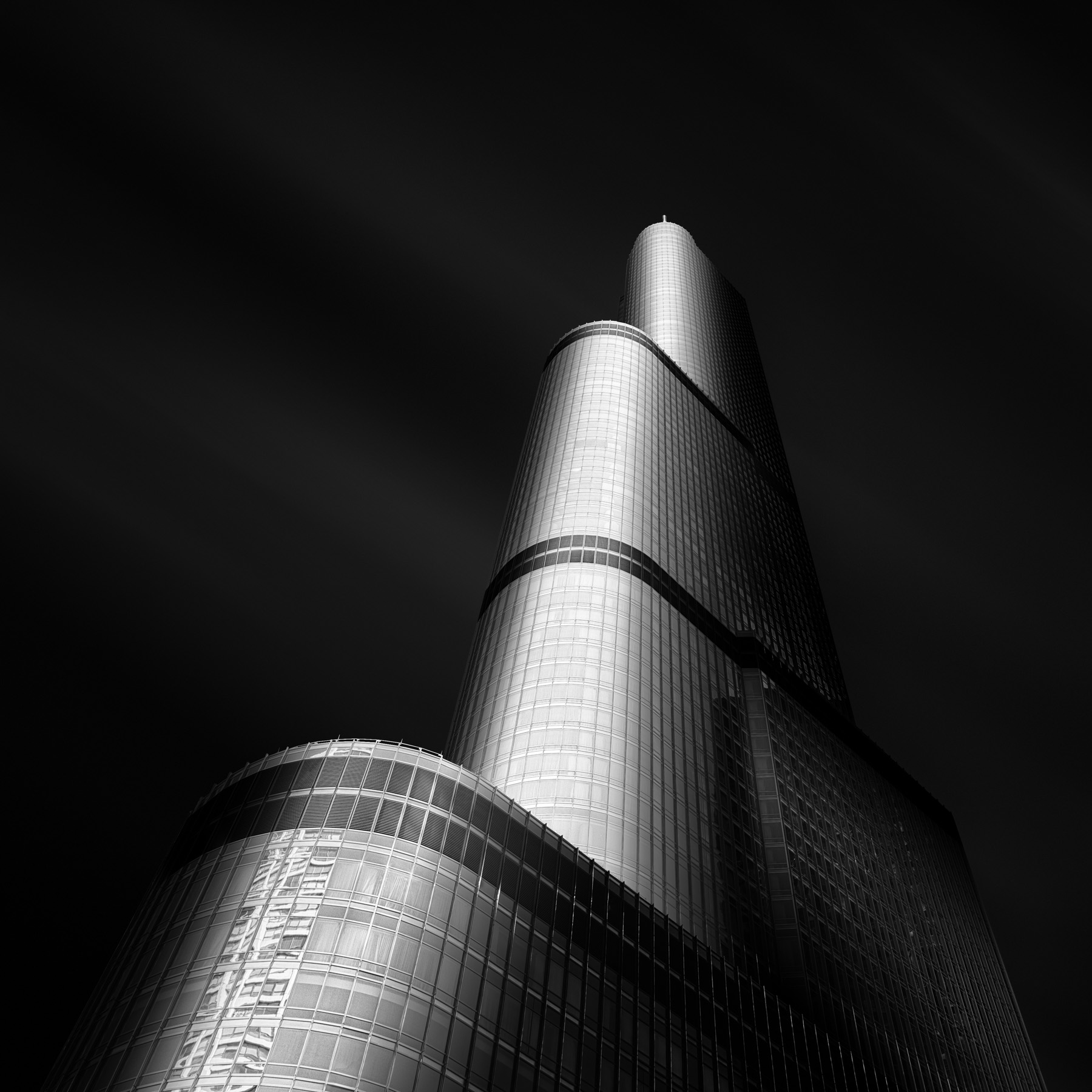 Molten-V-Trump-Tower-Chicago-Mabry-Campbell