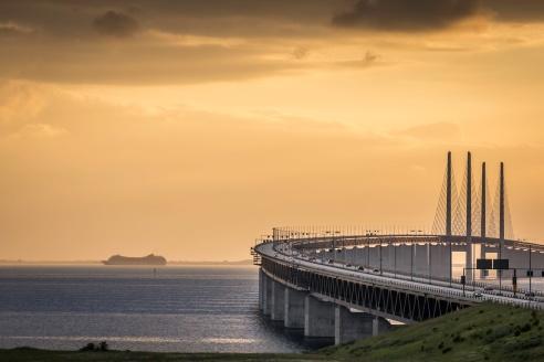 Baltic-Cruise-Past-Öresundsbron-Mabry-Campbell