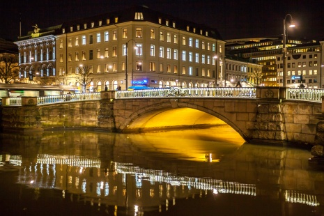 Gothenburg-Canal-Bridge-at-Night-Mabry-Campbell