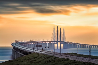 Oresundsbron-Curving-Sunset-Mabry-Campbell