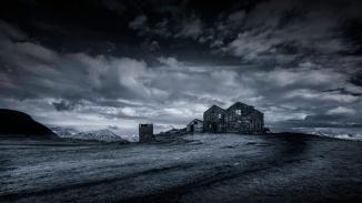 Kinda-Blue-Abandoned-Icelandic-Farmhouse-Mabry-Campbell