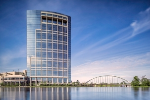 Anadarko-Petroleum-Corporation-Allison-Tower-and-Bridge-Mabry Campbell