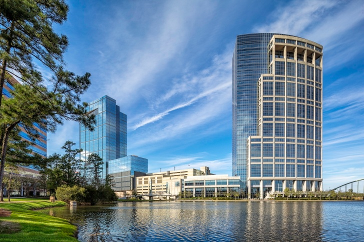 Anadarko-Petroleum-Corporation-Allison-Tower-and-Hackett-Tower-On-The-Lake-Mabry-Campbell