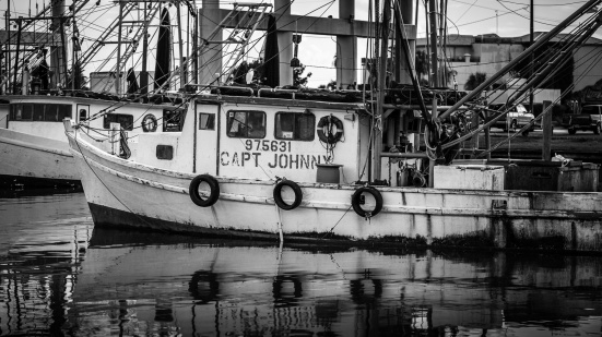 Capt.-Johnny-Shrimp-Boat-BW-Mabry-Campbell