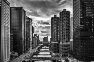 Darkness-In-The-City-Chicago-River-Mabry-Campbell