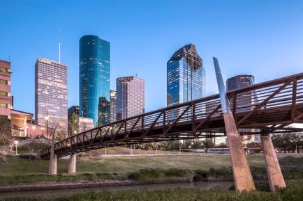 Houston-Skyline-and-Buffalo-Bayou-Pedestrian-Bridge-Mabry-Campbell