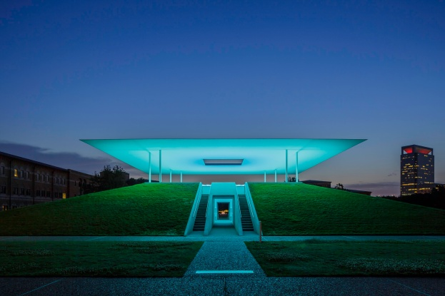 James-Turrell-Skyspace-Twilight-Epiphany-Mabry-Campbell
