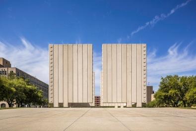 John-Fitzgerald-Kennedy-Memorial-In-Dallas-Mabry-Campbell