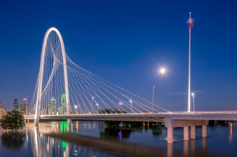 Margaret-Hunt-Hill-Bridge-Over-The-2015-Texas-Flood-Mabry-Campbell
