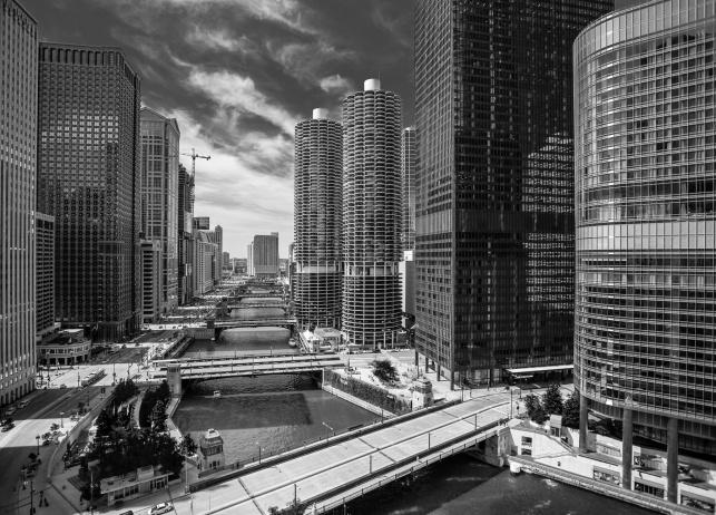 Marina-City-Chicago-River-II-M-Mabry-Campbell