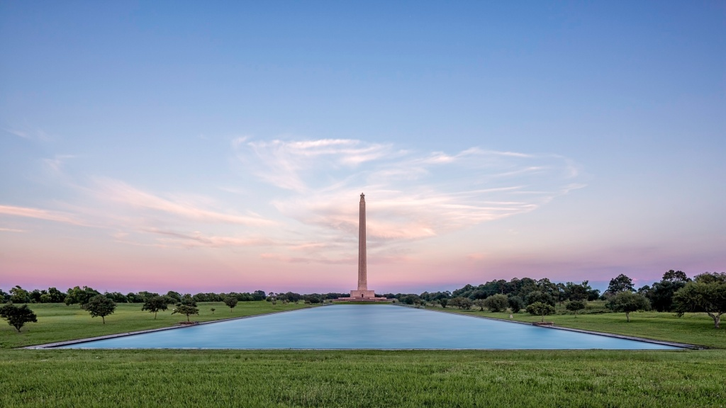 San-Jacinto-Monument-and-Reflecting-Pool-Mabry-Campbell