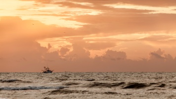 Shrimper-At-Sunrise-C-Mabry-Campbell