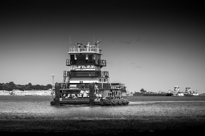 Tugboat-On-the-Neches-River-Mabry-Campbell