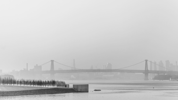 Williamsburg-Bridge-In-Morning-Haze-Mabry-Campbell