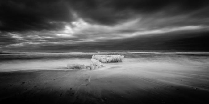 A-Dark-Coast-IX---Ice-Rising-Mabry-Campbell