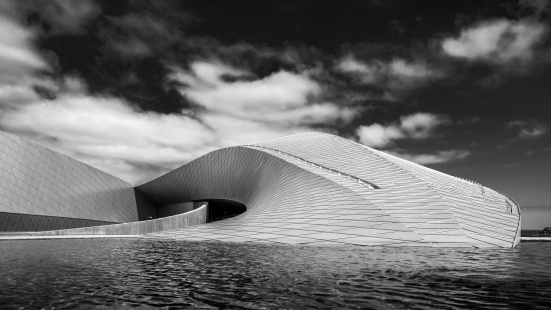 Den-Blå-Planet---Denmark-National-Aquarium-BW-Mabry-Campbell