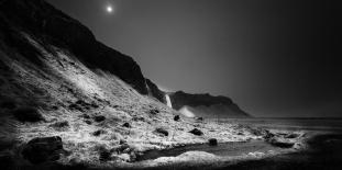 Moon-Over-Seljalandsfoss-Mabry-Campbell