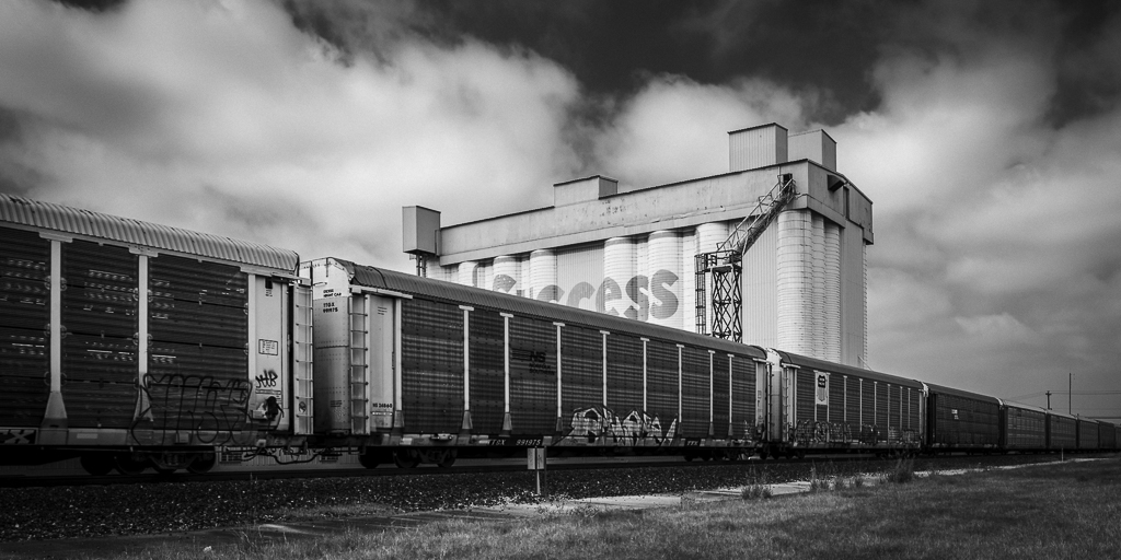 Train-Passes-The-Silos-On-Sawyer-III-Mabry-Campbell