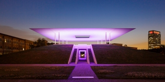 James-Turrell-Skyspace-Twilight-Epiphany-Purple