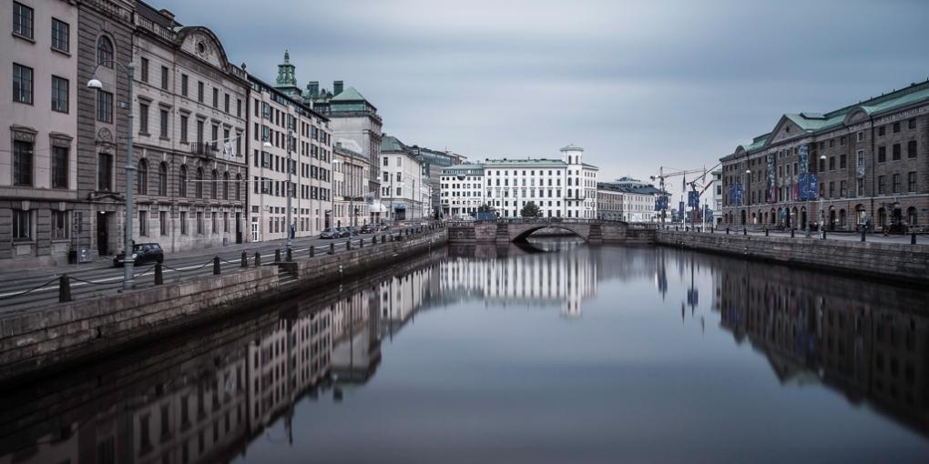 Kanal-och-Kämpebron-i-Göteborg-Mabry-Campbell
