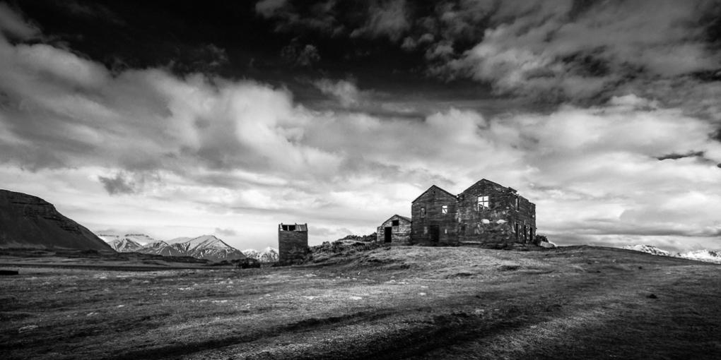 Abandoned-Icelandic-Farmhouse---Mabry-Campbell